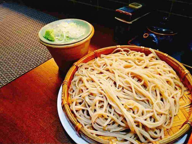 ベトナムで蕎麦の認知は広がる?日本人街の高級蕎麦専門店『春夏冬 蕎麦』