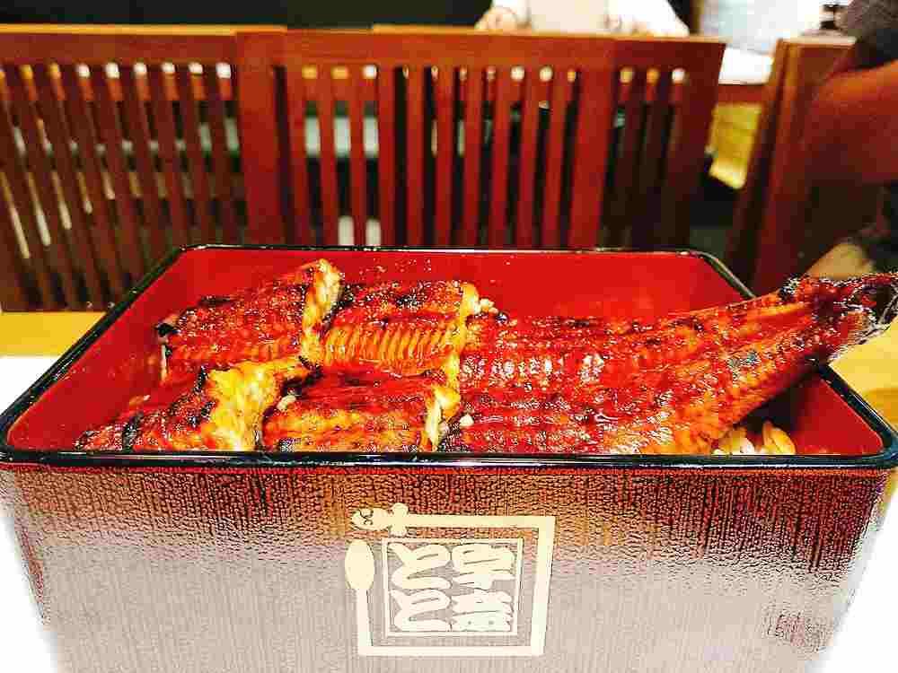 ベトナム人の反応はいかに?鰻料理店『名代宇奈とと』がホーチミンに出店!